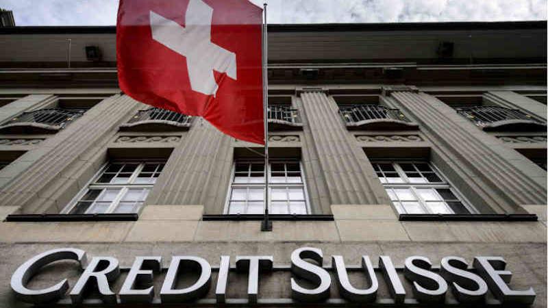Credit Suisse mantiene la contabilità in franchi