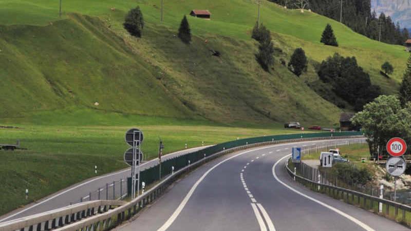 La vignetta autostradale svizzera