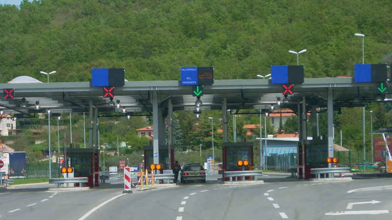 Salario minimo in Ticino e frontalieri