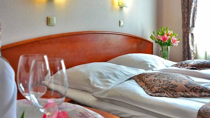 Le strutture alberghiere in Ticino si stanno preparando per una possibile riapertura
